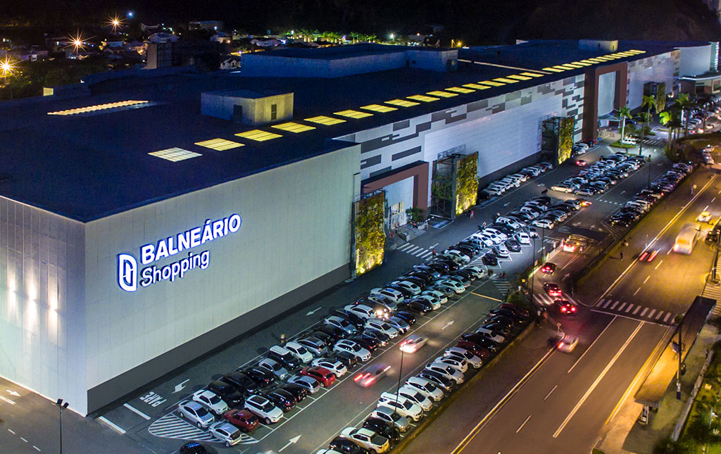 Retomada Almeida Junior Balneário Shopping - Revista Shopping Centers