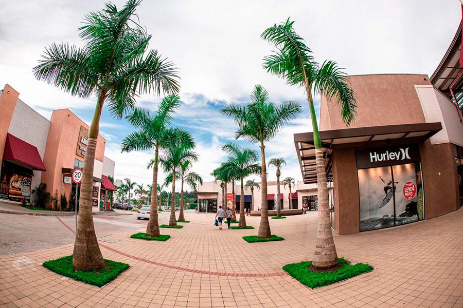 Porto Belo Outlet Grupo Tacla - Revista Shopping Centers