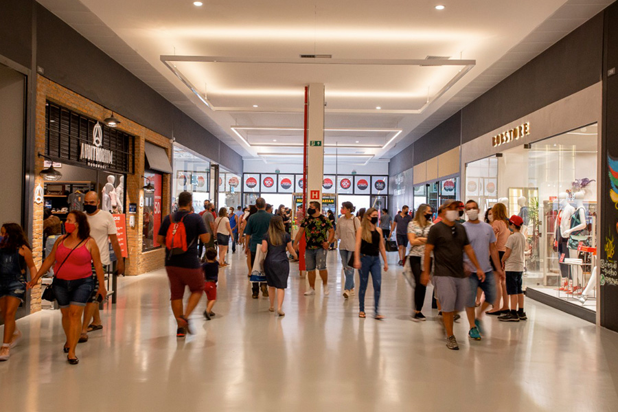 Smart Outlets Mall - Revista Shopping Centers