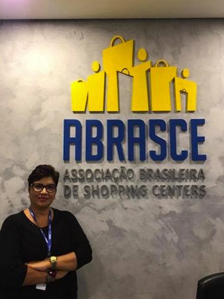 Mônica Vianna fala sobre Prêmio Abrasce 2021 - Revista Shopping Centers