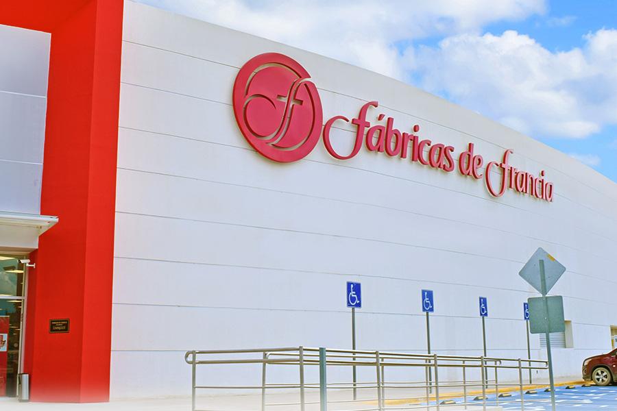 Fábricas de Francia Plaza Bella Oaxaca - Revista Shopping Centers